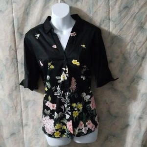 NWT NY & C solid black floral blouse sz M